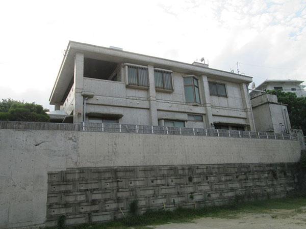 塗装前の沖縄県宜野湾市T邸