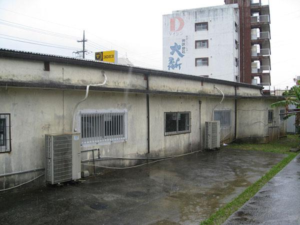塗装前の沖縄県南風原町S邸