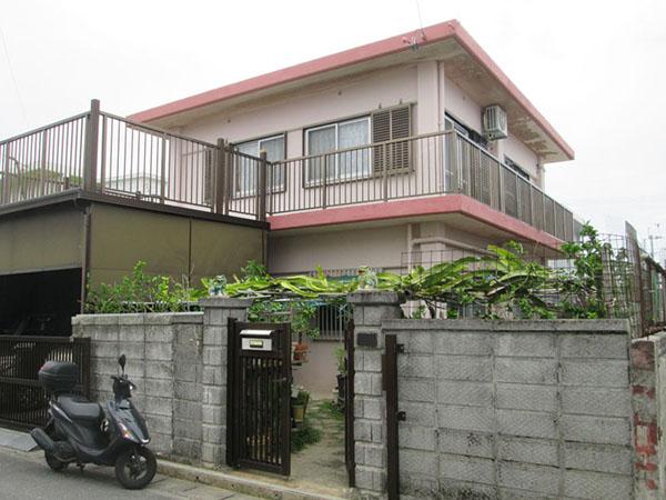 塗装前の沖縄県南風原町T邸