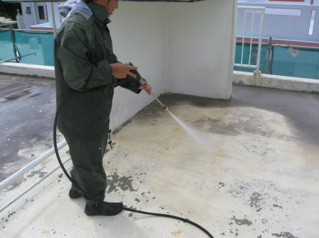 高圧水洗浄2