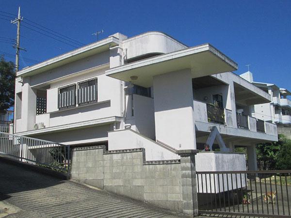 塗装前の沖縄県糸満市N邸