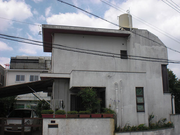 塗装前の沖縄県那覇市K邸