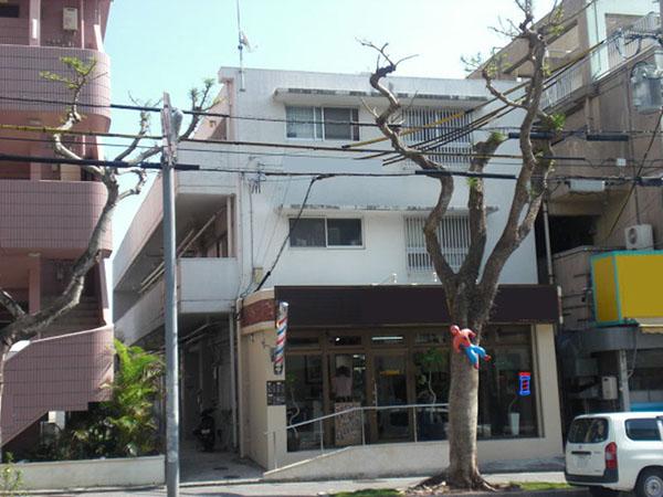 塗装前の沖縄県那覇市M邸