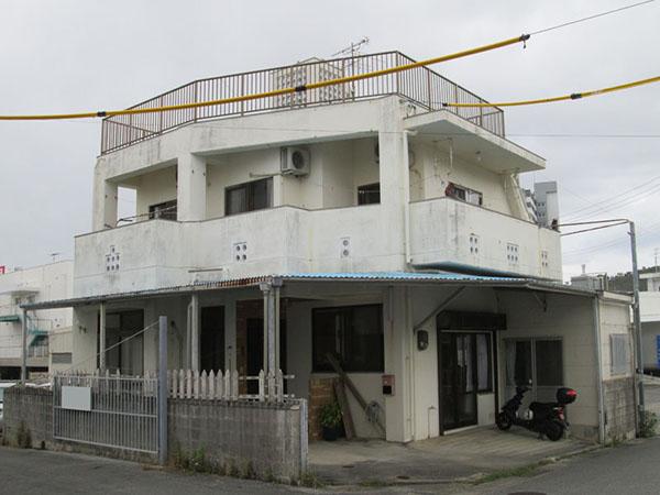 塗装前の沖縄県那覇市Z邸