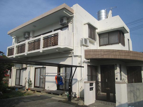 塗装前の沖縄県西原町T邸