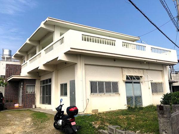 塗装前の沖縄県沖縄市S邸