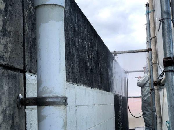 豊見城市K邸の高圧水洗浄工事1