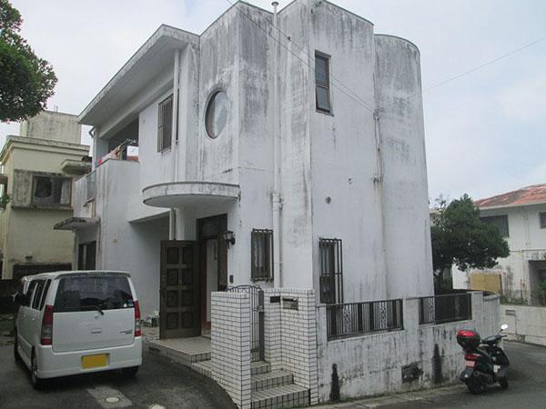 塗装前の沖縄県豊見城市M邸