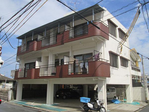 塗装後の沖縄県豊見城市Sアパート様