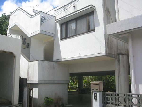 塗装前の沖縄県豊見城市T邸
