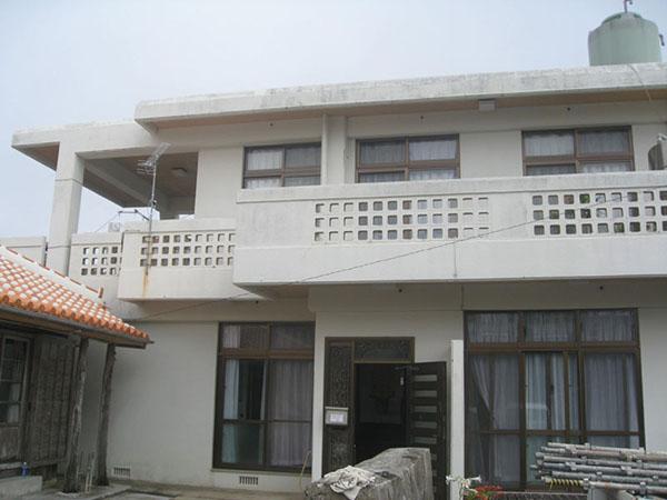 塗装前の沖縄県豊見城市U邸