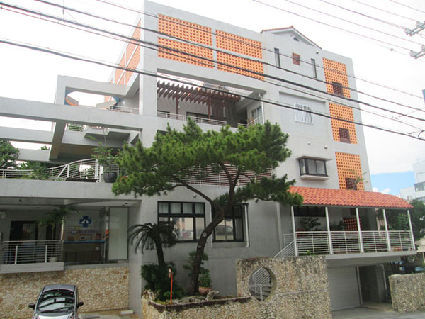 塗装後の沖縄県浦添市M邸
