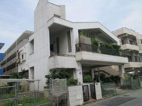塗装前の沖縄県浦添市S邸