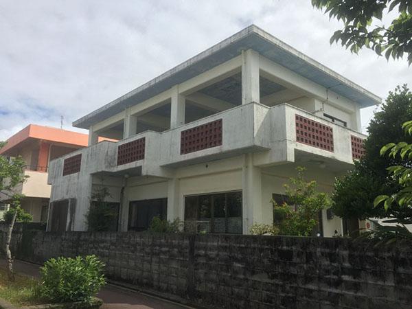 塗装前の沖縄県うるま市T邸