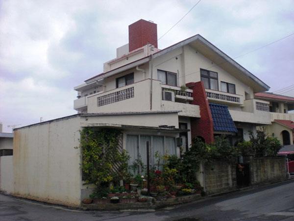 塗装前の沖縄県八重瀬町G邸