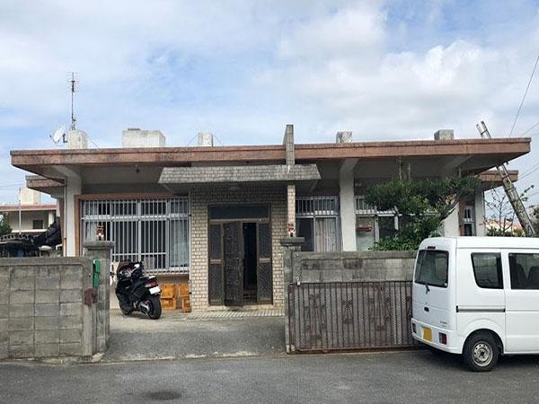 塗装前の沖縄県八重瀬町N邸