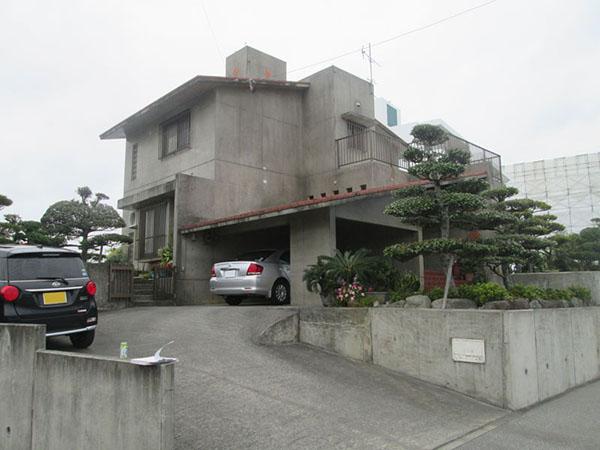塗装前の沖縄県八重瀬町T邸