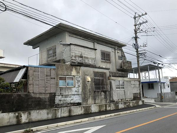 塗装前の沖縄県読谷村S邸