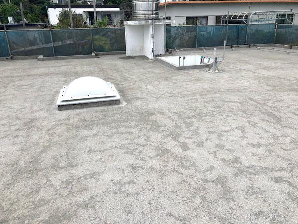 沖縄県宜野湾市U様の屋上高圧水洗浄工事後。
