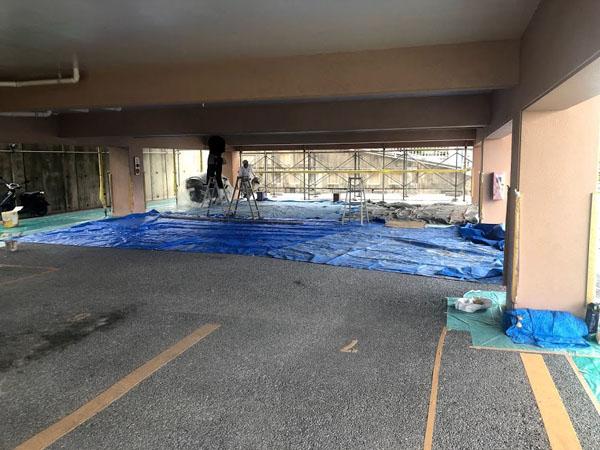 沖縄県糸満市Sアパート様の駐車場塗装工事