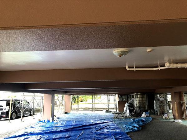 沖縄県糸満市Sアパート様の車庫内塗装完了