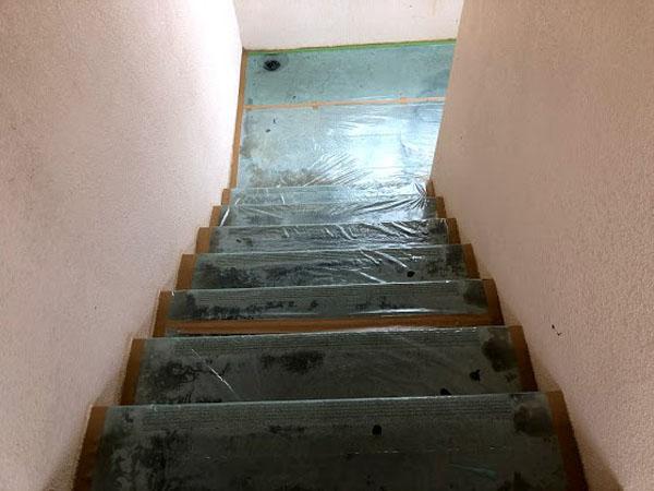 沖縄県那覇市Dアパート様の養生も完了。