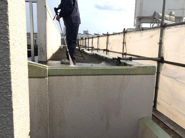 沖縄県那覇市Nアパート様の高圧水洗浄工事