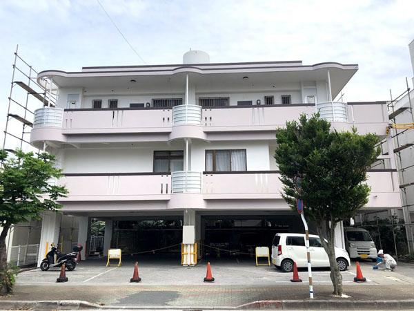 沖縄県那覇市Nアパート様の足場解体。