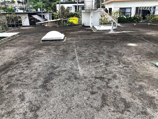 沖縄県宜野湾市U様の屋上遮熱防水工事前