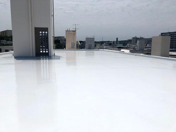 沖縄県那覇市Dアパート様の屋上遮熱防水工事後