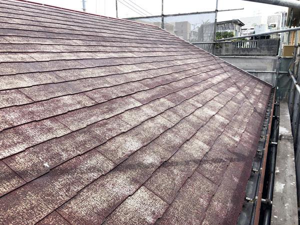 沖縄県那覇市K様の屋根接着剤二回塗り完了。
