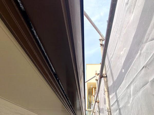 沖縄県那覇市K様の雨樋上塗り完了。
