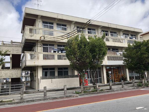 外壁塗装前の沖縄県那覇市Mアパート様