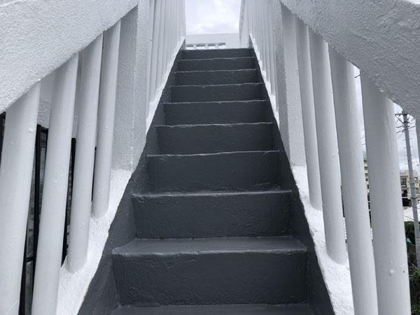 沖縄県宜野湾市I様の階段防水工事後