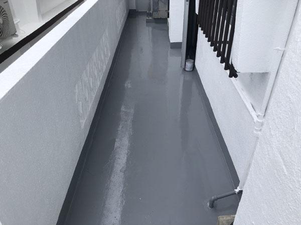 沖縄県宜野湾市I様の廊下防水工事後