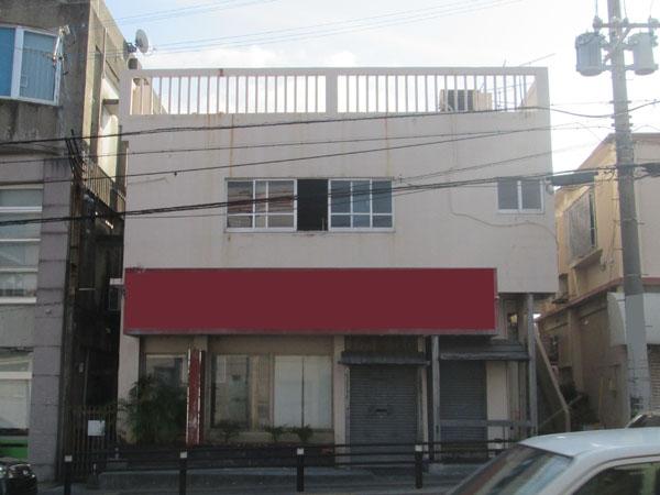 外壁塗装前の沖縄県宜野湾市I様の建物