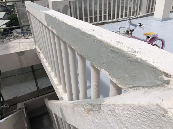 沖縄県宜野湾市I様のひび割れ補修工程完了。