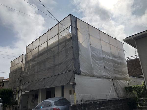 沖縄県中城村T様の足場組立工事。