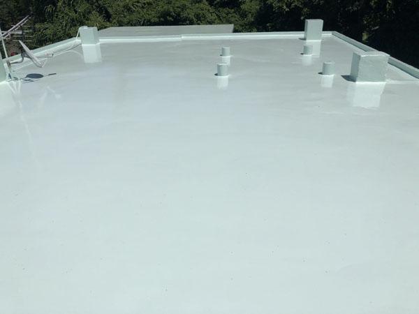 沖縄県南城市Y様の屋上遮熱トップコート工事後