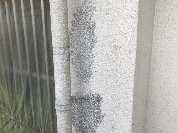 沖縄県南城市Y様の補修箇所、ラフトンタイル模様合わせ。