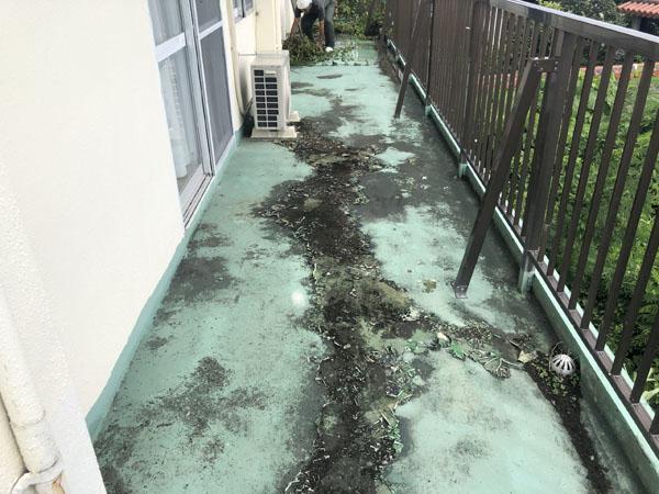 沖縄県沖縄市M様の高圧水洗浄工事。