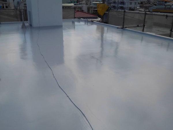 沖縄県八重瀬町T様の屋上遮熱防水工事後