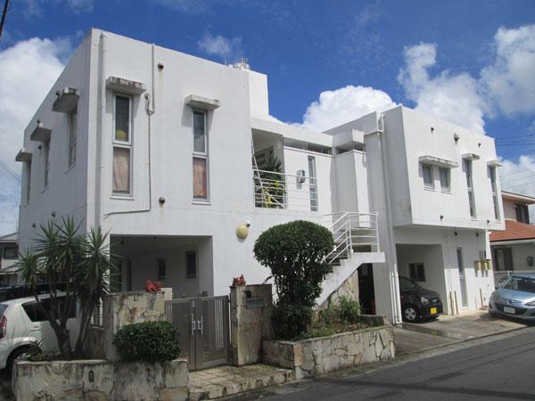 外壁塗装前の沖縄県中城村T邸