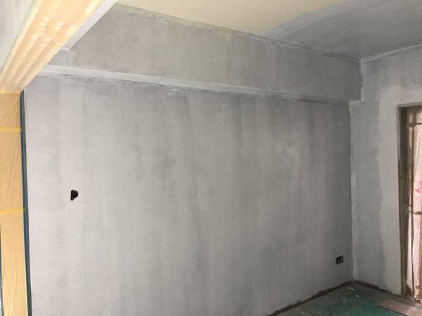 沖縄県那覇市T様のA棟2階の内部塗装中塗り。
