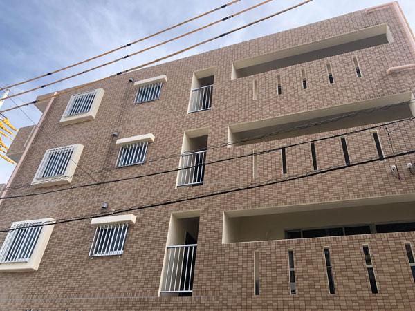 外壁塗装工後の那覇市Kアパート様