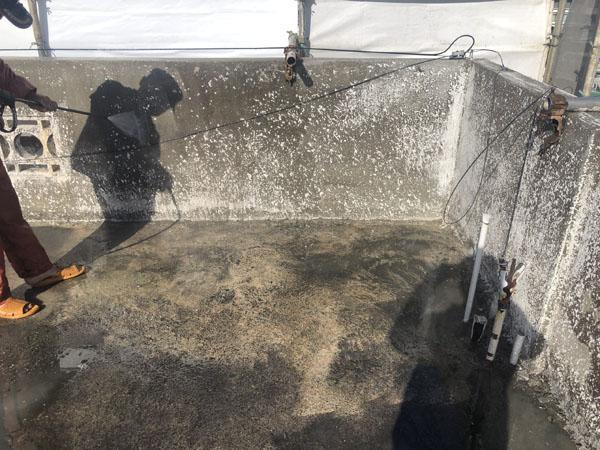 沖縄県浦添市Gアパート様の高圧水洗浄工事