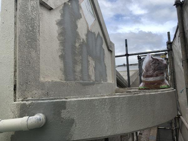 沖縄県八重瀬町N邸のひび割れ箇所の左官仕上げ