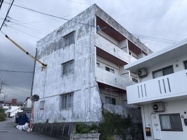 外壁塗装前の沖縄県浦添市Gアパート様
