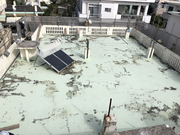 沖縄県宜野湾市M邸の足場組立工事