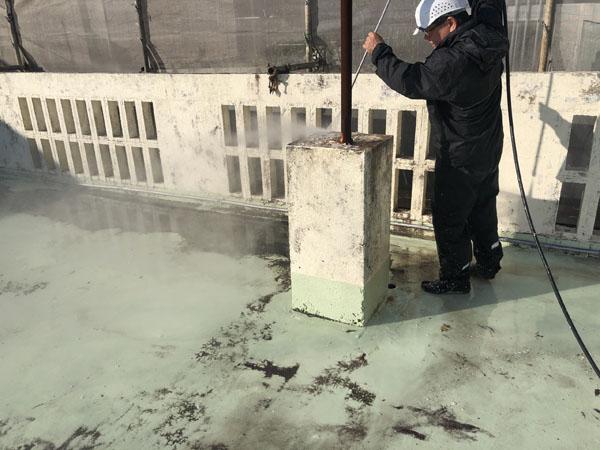 沖縄県宜野湾市M邸の高圧水洗浄工事